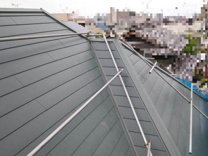 屋根板金カバー工事